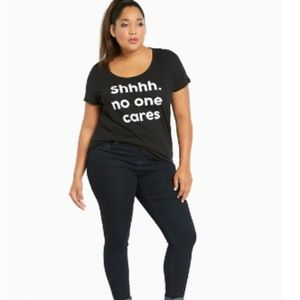 NO ONE CARES SCOOP TEE